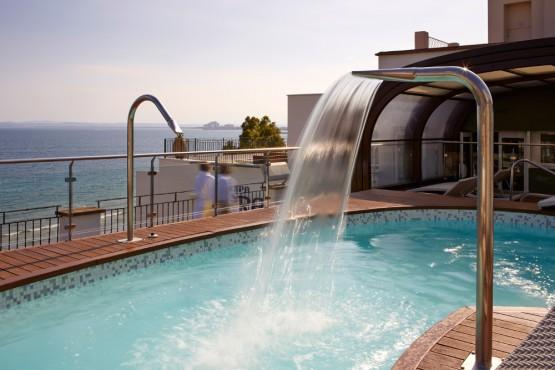 h tel roses rosas costa brava espagne hotel terraza 4 etoiles. Black Bedroom Furniture Sets. Home Design Ideas